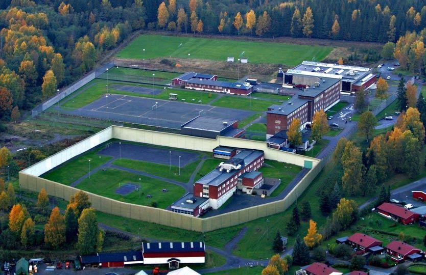 Breivik kan få eget sykehus på Ila - VG
