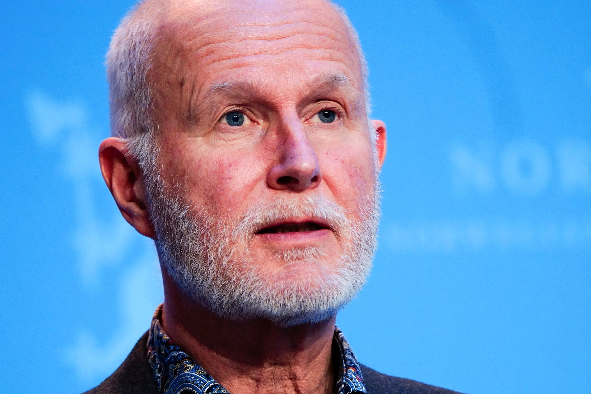 El director de salud Bjørn Guldvog espera un verano más abierto este año que el que tuvimos el año pasado con el nuevo plan reapertura