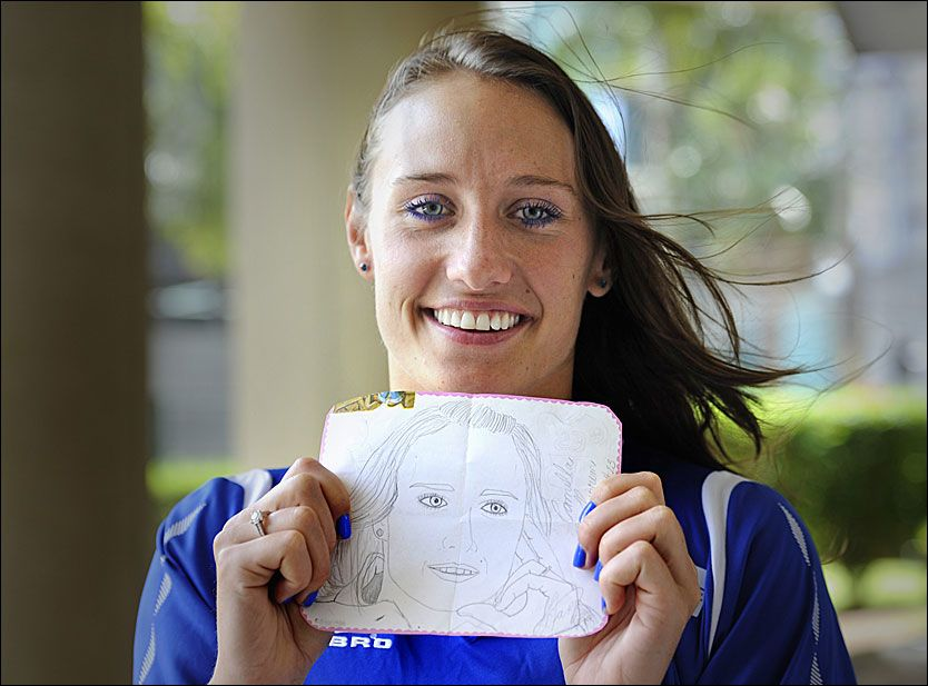 Hyller TV2-Julies sexy kjole - Håndball-VM kvinner 2011 - VG