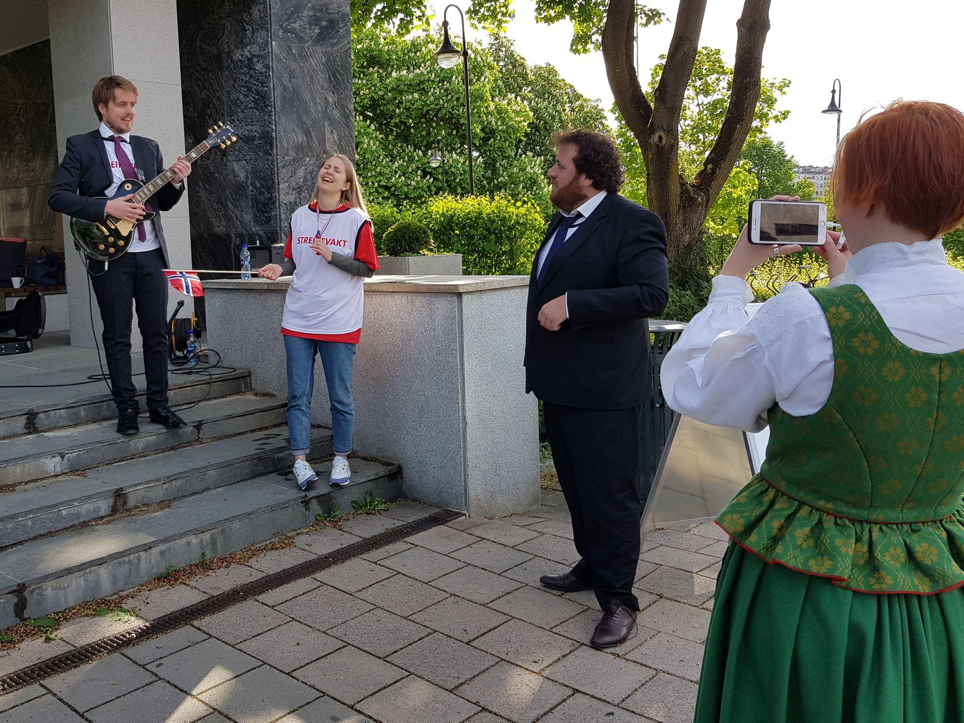 P3morgen Sendte Live Fra Streikevakt Skummelt Trist Og Veldig Rart Vg