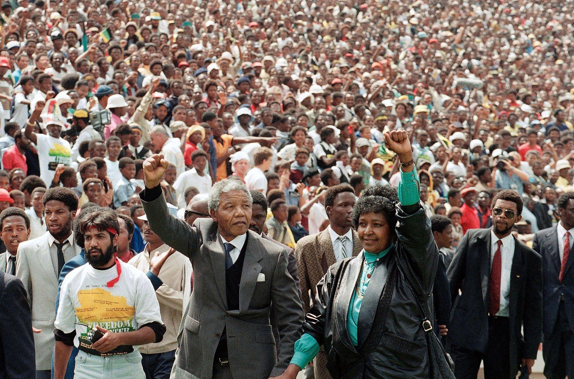 Mandela ga Sør-Afrika og verden håp. I dag er det 30 år siden han ble  løslatt – VG